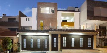 casa en venta en lomas verdes sexta sección